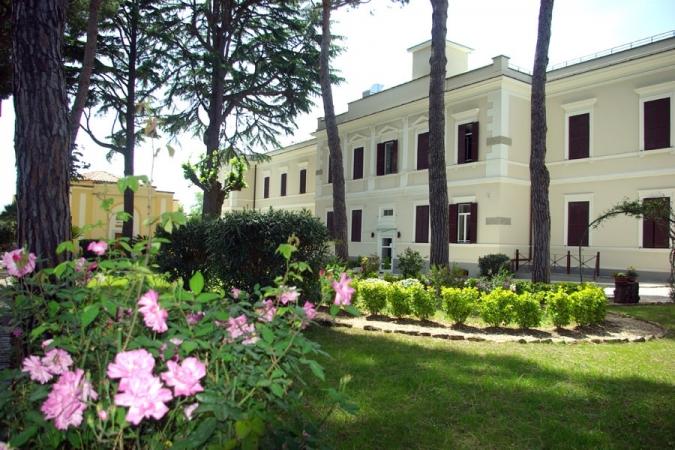 Casa per ferie San Luigi Roma