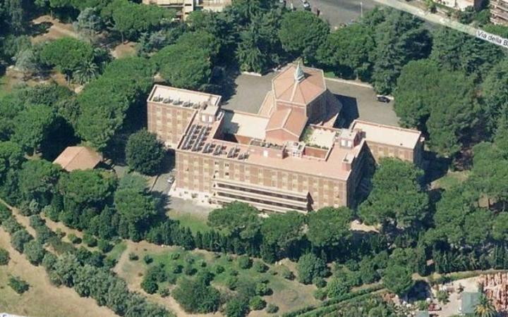 Casa del Pellegrino Santa Teresa Coudrec Roma
