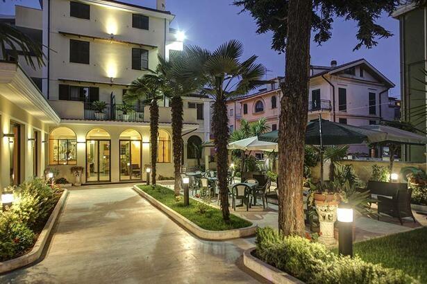 Hotel a Pineto